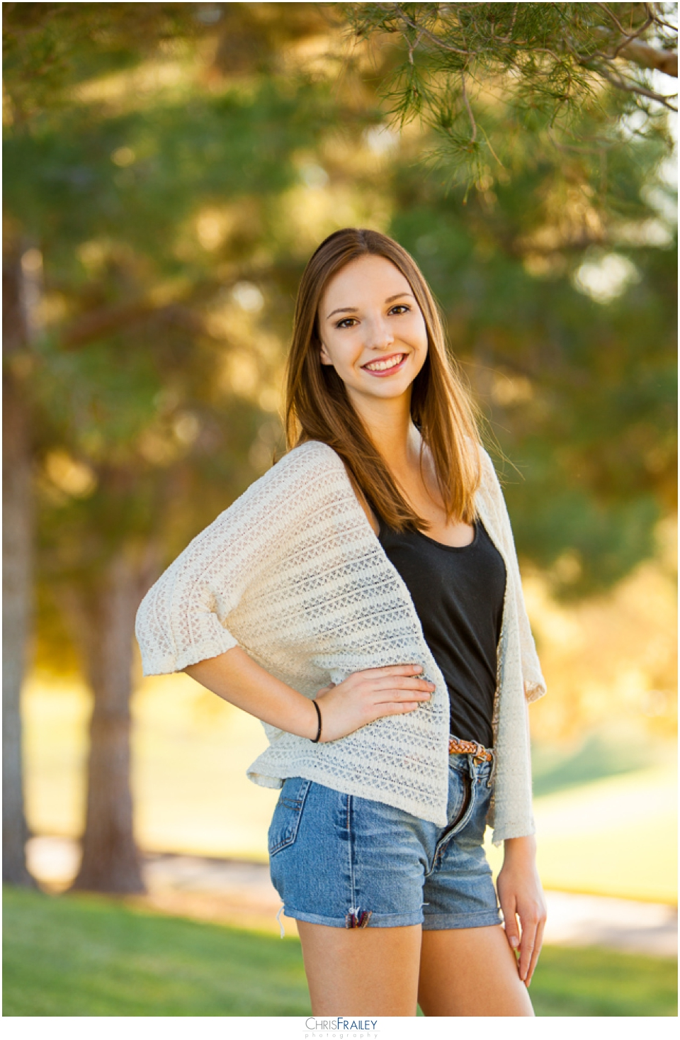 Pictures Of Outdoor Patios With Pavers: Outdoor Senior Portraits