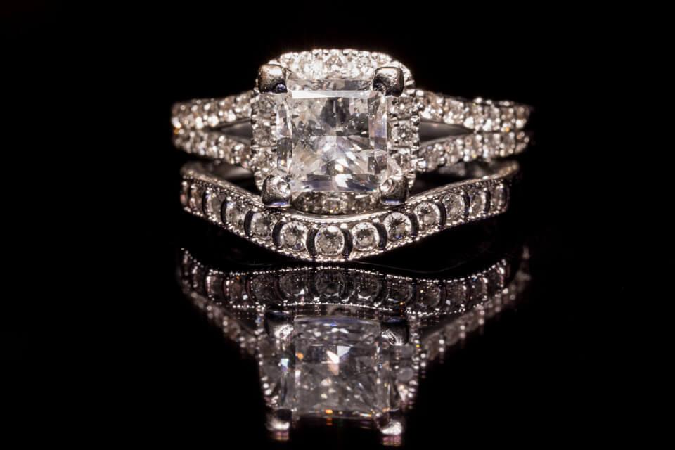 Bride's wedding rings.